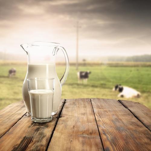 Naturalne mleko – co się w nim kryje?
