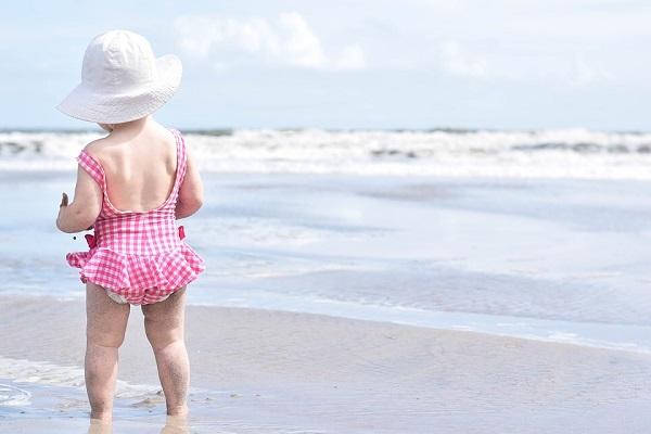 Jak zadbać o malucha w upały? Poznaj 5 najważniejszych zasad!