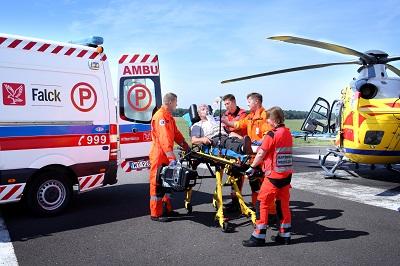 Krótki poradnik ratunkowy – dowiedz się, jak możesz pomóc będąc świadkiem wypadku