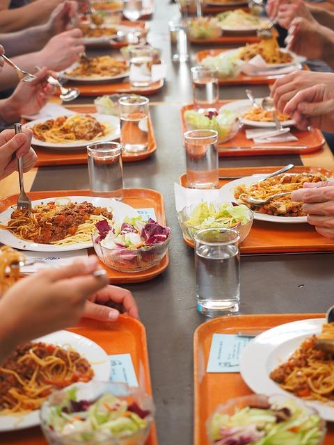Inwestycja w posiłki dla pracowników to oszczędności dla firmy