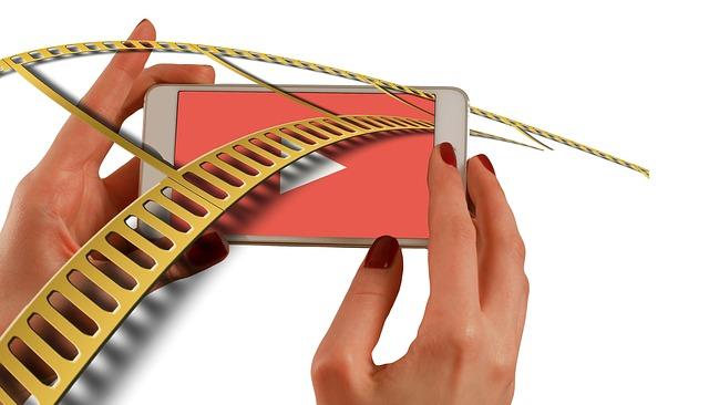 Dlaczego warto uruchomić poradniki video dla klientów?