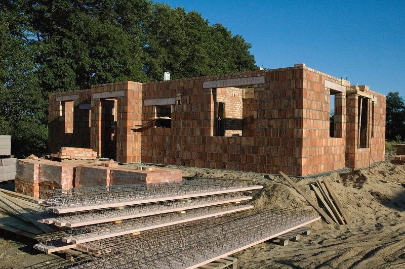 Budowa domu jednorodzinnego. Jakich błędów należy unikać