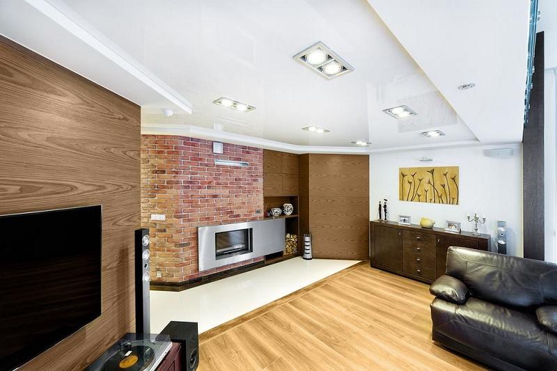 Dlaczego montować sufity napinane?