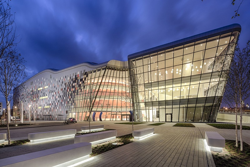 Aluminiowa przestrzeń dla kultury