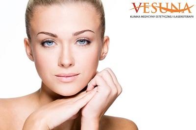 Rytuały, które pomogą zadbać o kondycję skóry twarzy w nowym roku