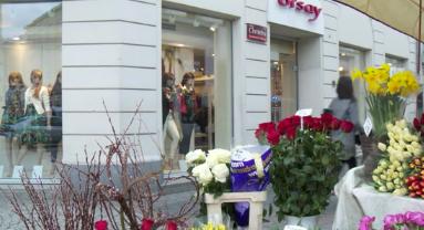 Ulice handlowe odbiorą galeriom klientów?