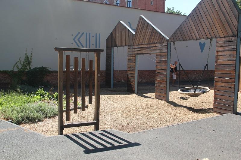 Place zabaw w Krakowie - Archeologiczny Ogród Zabaw