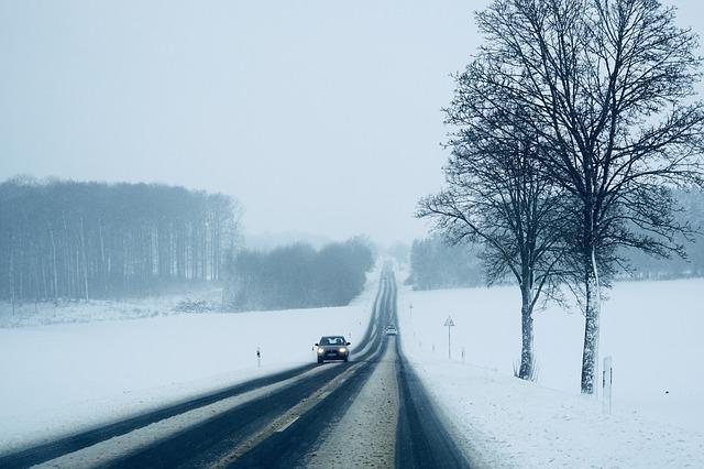 Czy warto kupować używane auto zimą?
