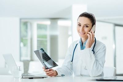 Informatyzacja służby zdrowia. Jak lepiej komunikować się z pacjentem?
