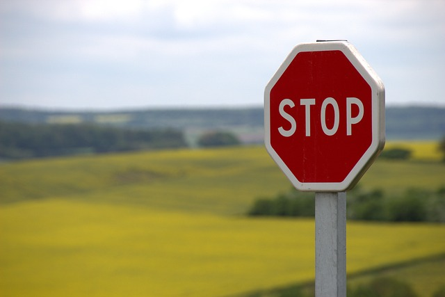 """Polski Czerwony Krzyż wraz z Circle K uczy dzieci bezpiecznych zachowań na drodze. Na stacjach ruszyła akcja wspierająca program """"Drogowe ABC"""""""