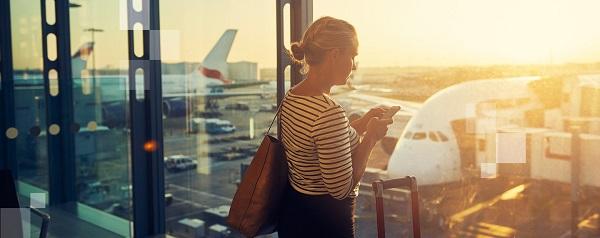 Najromantyczniejsze lotniska: gdzie podróżni mają najwięcej czasu na czułe pożegnanie w strefie Kiss&Fly?