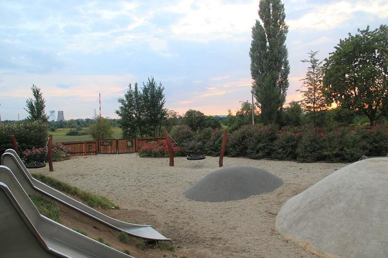 Place zabaw w Krakowie - Zaskroniec w Parku Żeromskiego