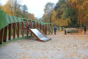Place zabaw w Krakowie - Smoczy Skwer w Parku Decjusza