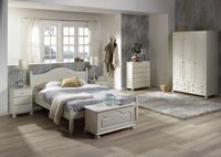 Romantyczna sypialnia mamy i córki