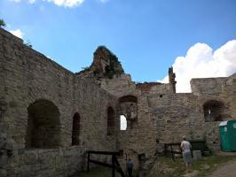 Zamek Tenczyn z dziećmi